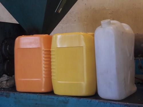 فروش انواع گالن و دبه از تولید کننده