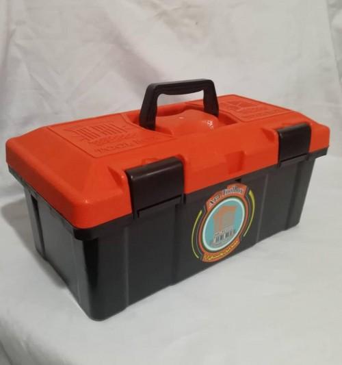 تولید و فروش جعبه ابزار ۱۸ اینچ آرا