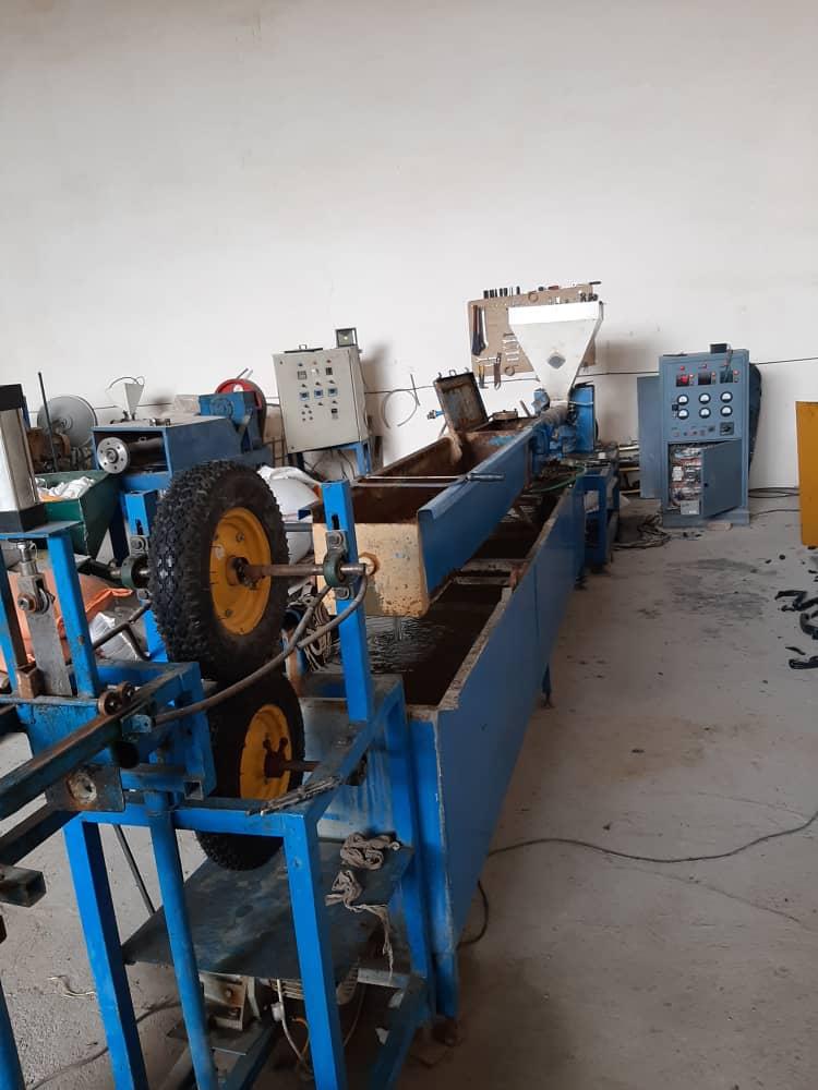 طراحی وساخت ماشین آلات تولید لوله برق