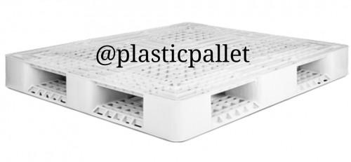 فروش انواع پالت پلاستیکی