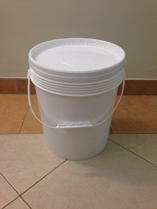سطل رنگ ، سطل چسب ، سطل ماستیک و …